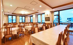 写真:朝食会場